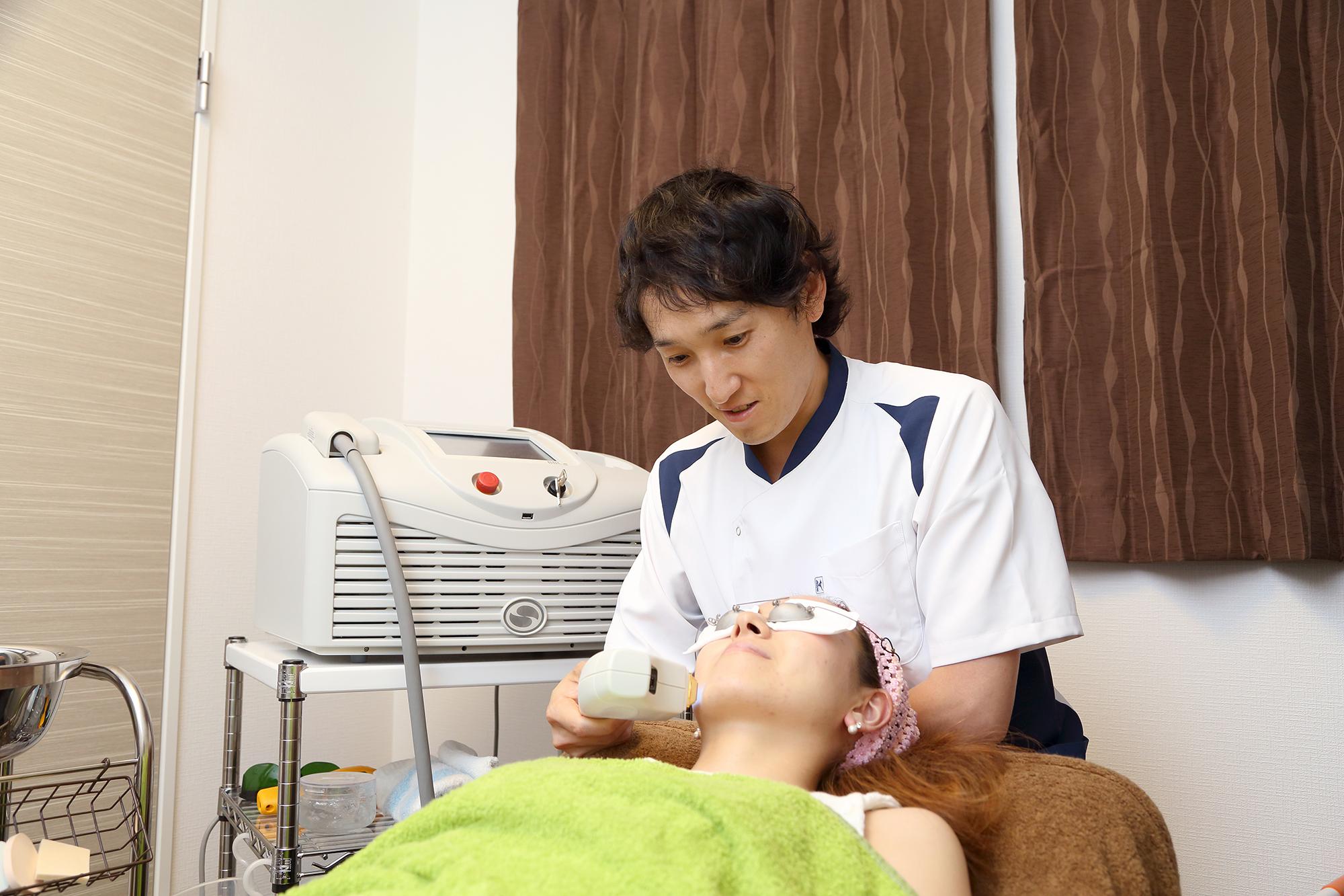 サイトン社の美容治療器を導入